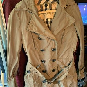 Authentic Burberry Brit Short Trench with belt